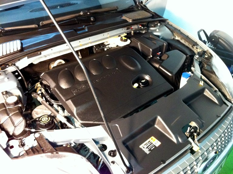 Como limpiar el motor de un coche