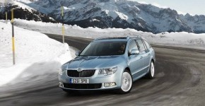 coche en invierno