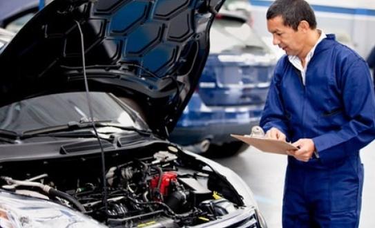 revision Lubricantes para el Motor del coche