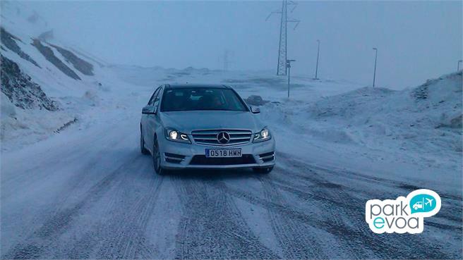 mercedes benz conduccion invierno